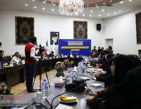<h5>گزارش تصویری از نشست خبری رئیس انجمن نیروی محرکه همگن و قطعات خودروی کشور</h5><br><div> ... </div>